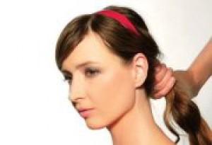 Letné účesy pre husté vlasy 2